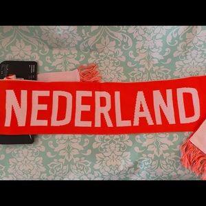 Nike unisex  Nederland soccer Scarf